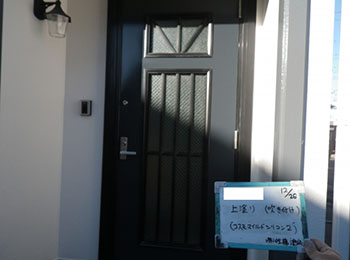 玄関ドア 上塗り